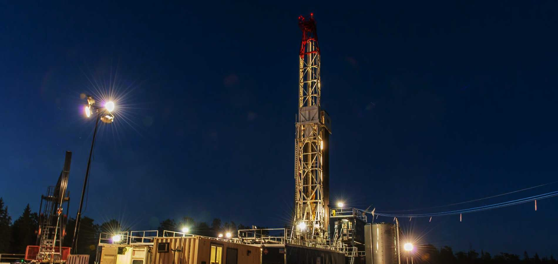 twilight drilling-rig
